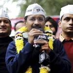 Arvind Kejriwal resigns on Janlokpal bill