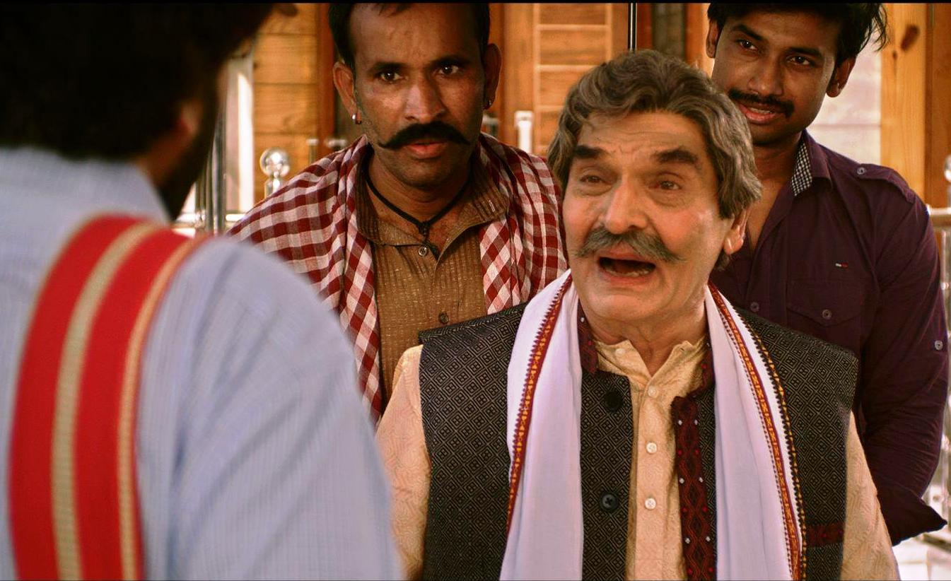 Veteran actor Asrani's emotional side in Murari - Batori